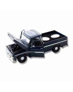 Frost Cutlery Kentucky 1:24 Scale 1966 Chevrolet C10 Stepside Pickup and State Quarters Gift Set  Model PU-QTR/KY